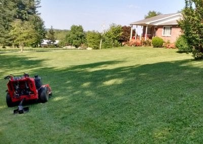 Hall's Pro Lawn Mowing Service - Kingsport, TN 6