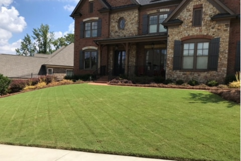 Strongarm Landscaping Lawrenceville GA 1